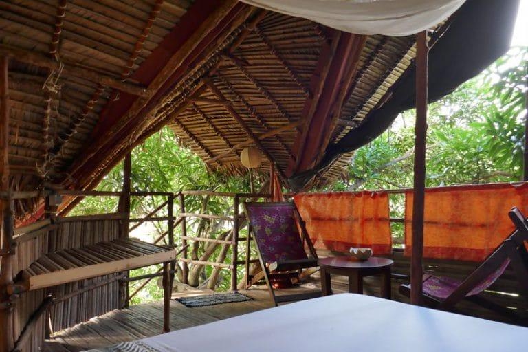 "chambre dans l""arbre ambalamanga nosy be"